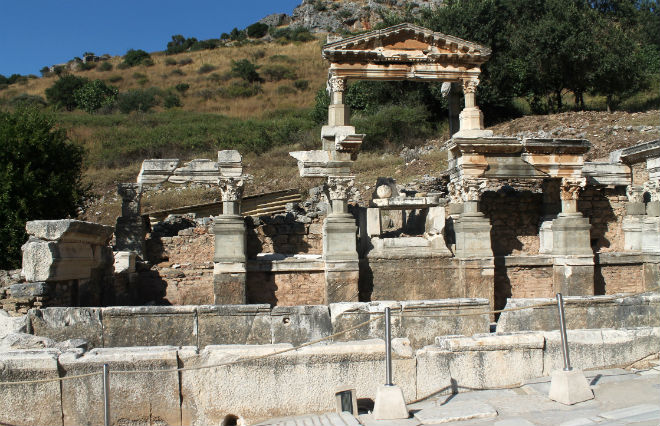temploEfesoRimani