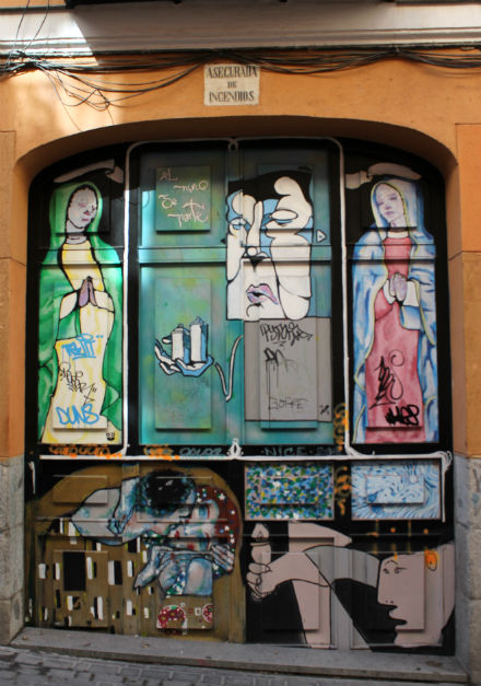 graffitiMalasana1