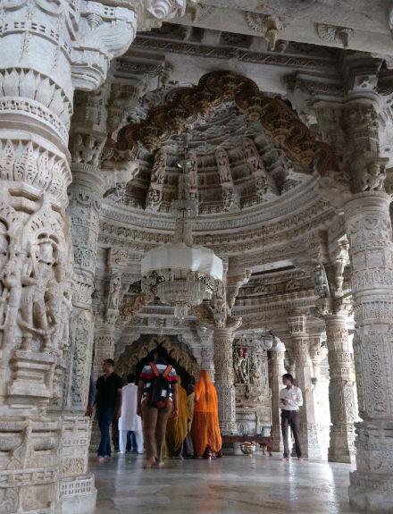 Ranakpur-dentro