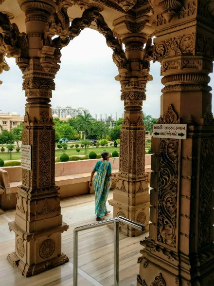 swami-nayaran-temple