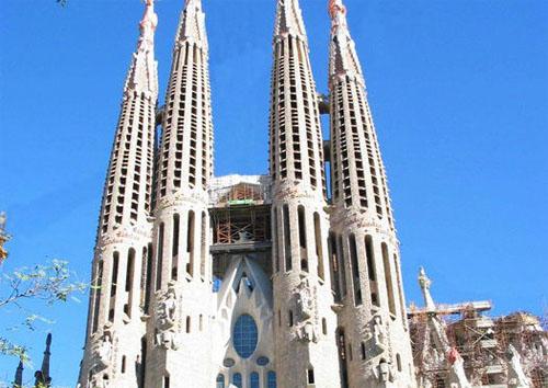 Mundo turistico diez lugares que no perderse en espa a for Sitios turisticos de madrid espana