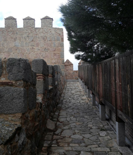 avila-muralla