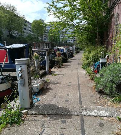 barcos-canales-pequeña-venecia