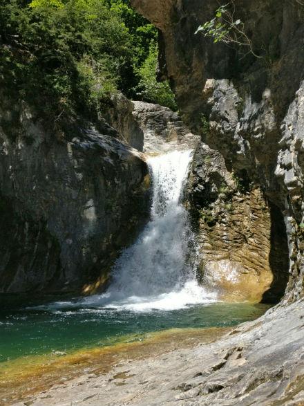 cascada-escuain