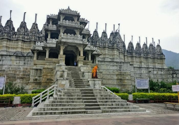Ranakpur-exterior