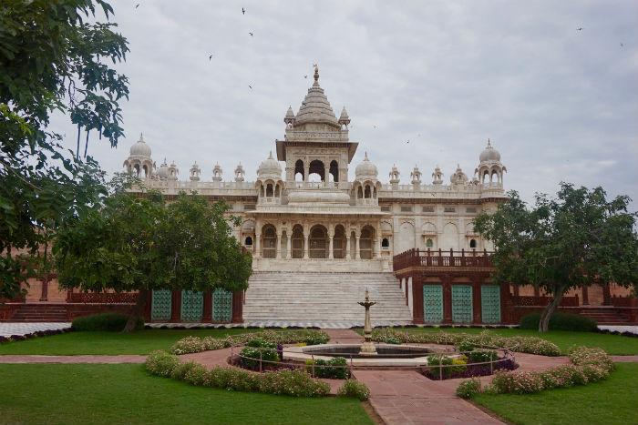 Jaswant-Thada1