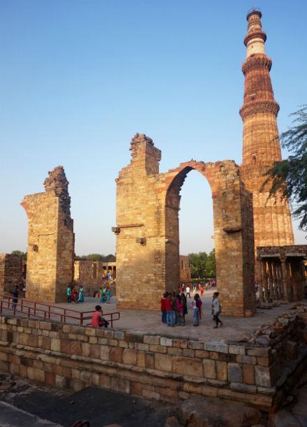 nueva-delhi-monumento-ruinas