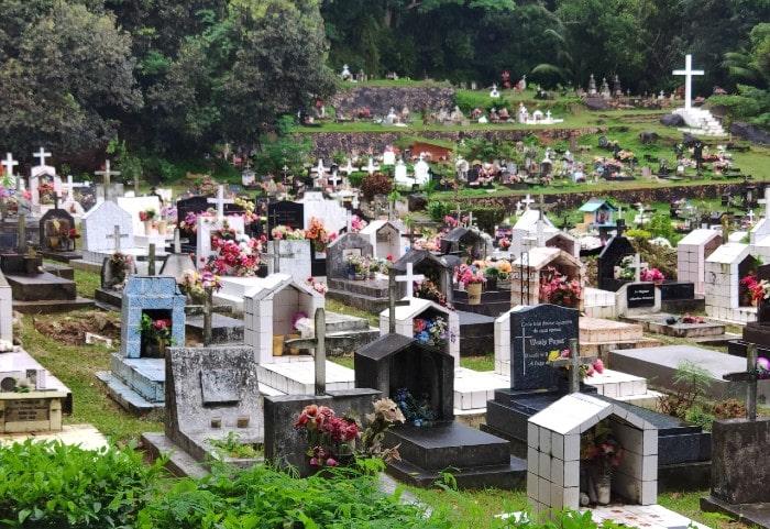la-digue-cementerio