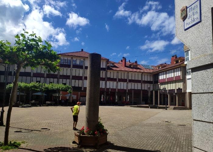plaza-pueblos -riano