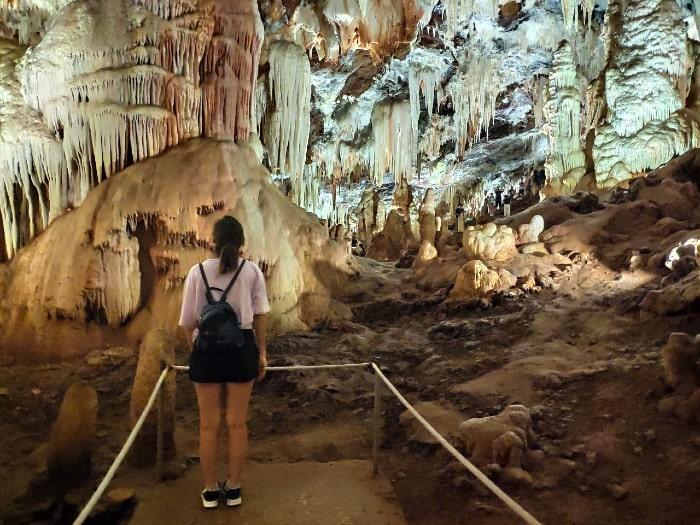 cuevas-aguila-paisaje
