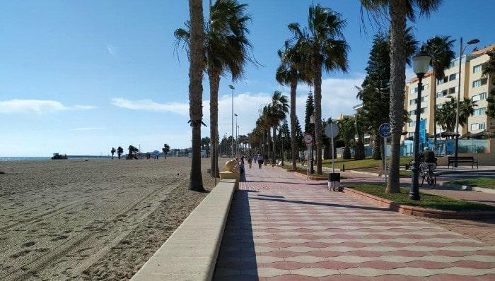 paseo Roquetas mar