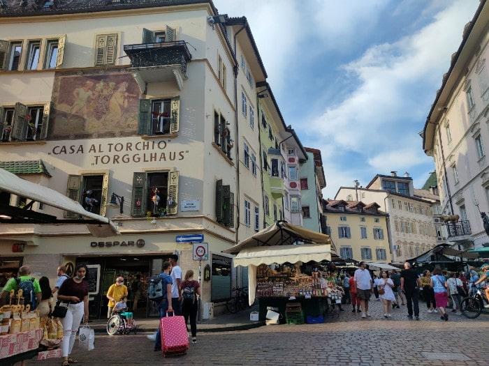 plaza-mercado-bolzano